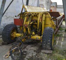 Traktorok TG-10 TG-10 szervestr�gyasz�r�