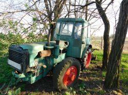 Traktorok DUTRE   UE-28
